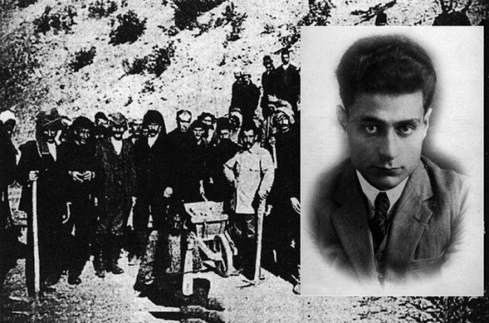 Venezis -Amele taburu«Νούμερο 31328». Το βιβλίο ντοκουμέντο που γράφτηκε με το αίμα του Ηλία Βενέζη στα τάγματα εργασίας και εξόντωσης των Τούρκων. Οι περισσότεροι πέθαναν, αλλά αυτός κατάφερε να επιβιώσει και να γράψει για τα κάτεργα της Ανατολής...   Διαβάστε όλο το άρθρο…