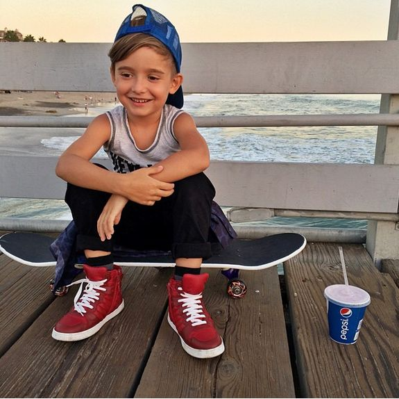 Meet The World's Most Stylish Toddler, Alonso Mateotrendeezy.com #skaterboy…