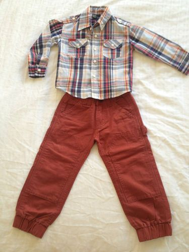 For Sale: Toddlers Clothing Set w/ Button Up Shirt & Jeans