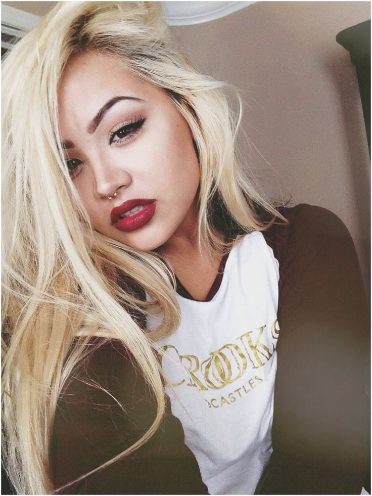 Perfect eyebrows and the color actually works with such a light shade of blonde