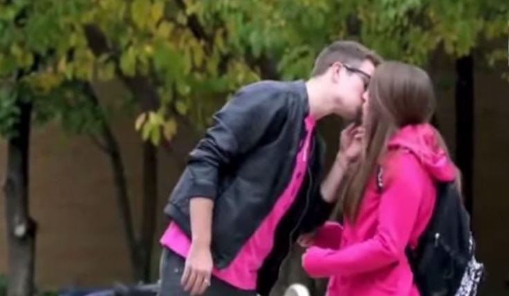 ¿Cómo robar un beso sin ser golpeado? | Fiilosoraptor