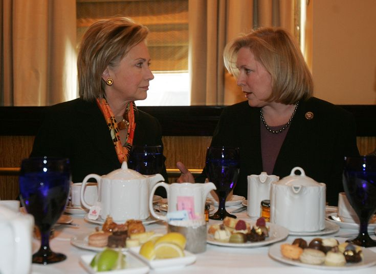 New York Senator Kirsten Gillibrand turned her back on Bill Clinton over his affair with Monica Lewinsky.