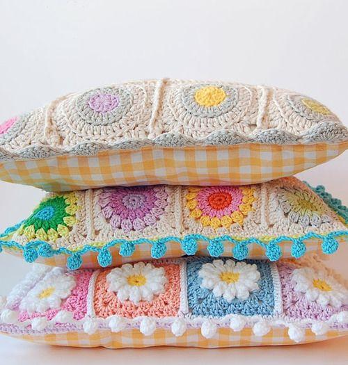 que lindos almohadones tejidos al crochet!