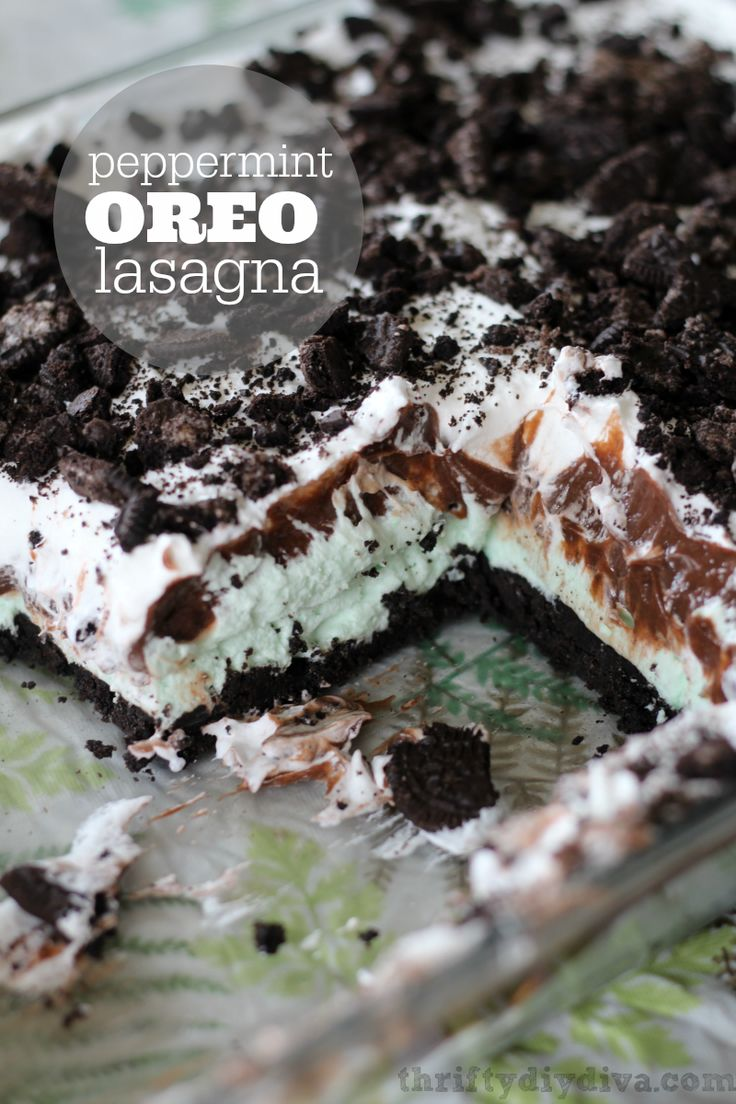 Chocolate Peppermint Oreo Lasagna Recipe, made with crushed Oreos, chocolate pudding and a peppermint fluff filling! Add this to your must try dessert recipes!