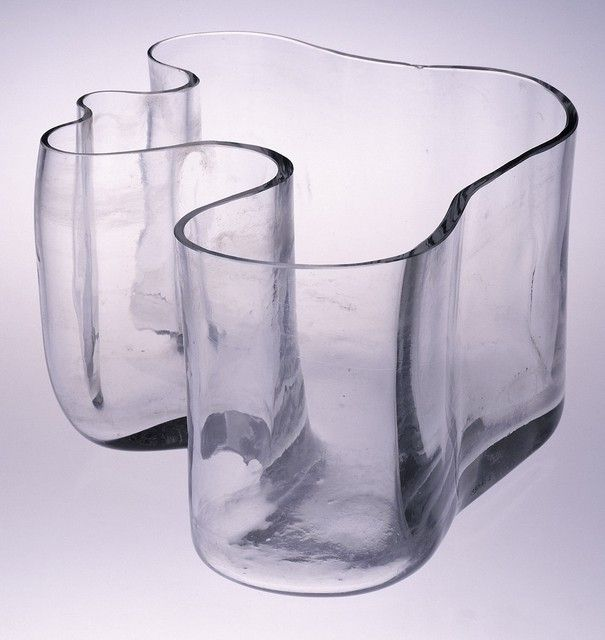 Savoy vase, Designed by Alvar Aalto, Manufactured by Karhula Glassworks, Karhula, Finland, ca. 1936-37. Gift of Harmon Goldstone, 1990-61-2 - See more at: http://www.cooperhewitt.org/object-of-the-day/2013/08/05/wave-finnish-identity#sthash.yRfC46uZ.dpuf