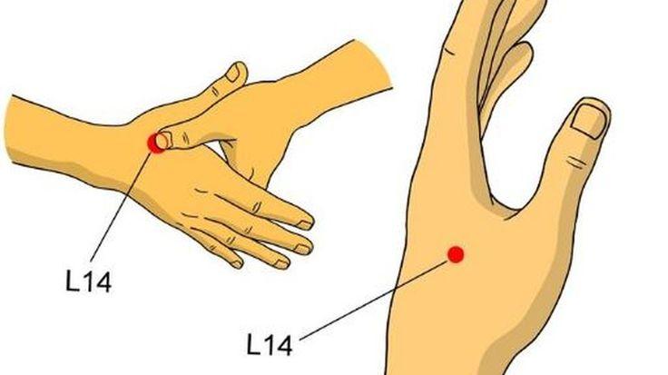 Uciskaj ten punkt na dłoni, a pozbędziesz się bólu głowy