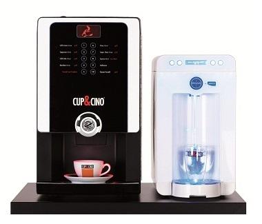 Mit Kaffee und Wasser – rundum fit und gesund im Büro. Chicco und Spaqa, das Traumpaar in jedem Büro.
