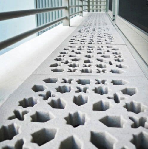 Caniveau pour espace public / en pierre / avec grille / de drainage CREATIVE Jonite Private Limited