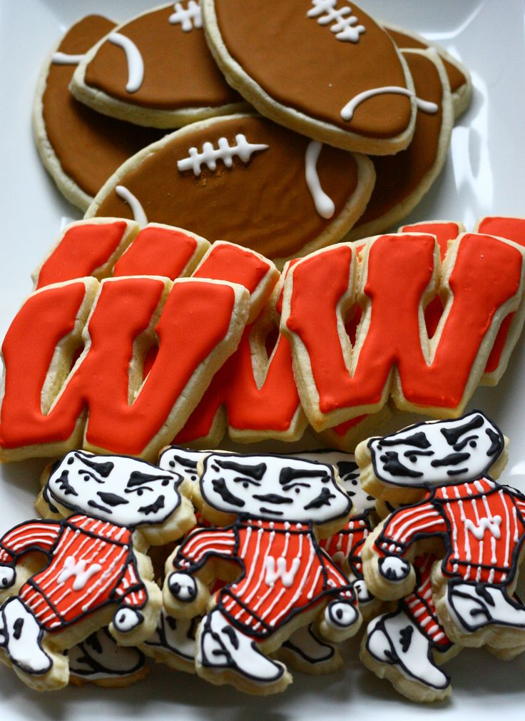 1000 Images About Uw Amp Bucky Badger On Pinterest Logos