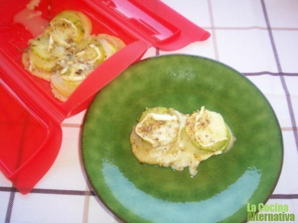 Calabacín, cebolla y manzana al horno | La cocina alternativa