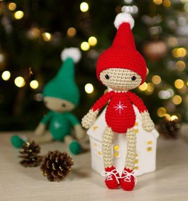 Little crocheted Christmas elf (free amigurumi pattern) // Mini horgolt karácsonyi manó (ingyenes amigurumi minta) // Mindy - craft tutorial collection // #crafts #DIY #craftTutorial #tutorial #DIYToys #ToyMaking #HandmadeToy