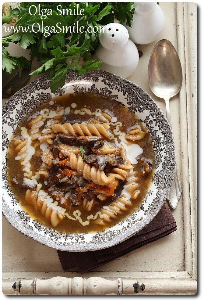 Zupa grzybowa z makaronem - przepis | Kulinarne przepisy Olgi Smile