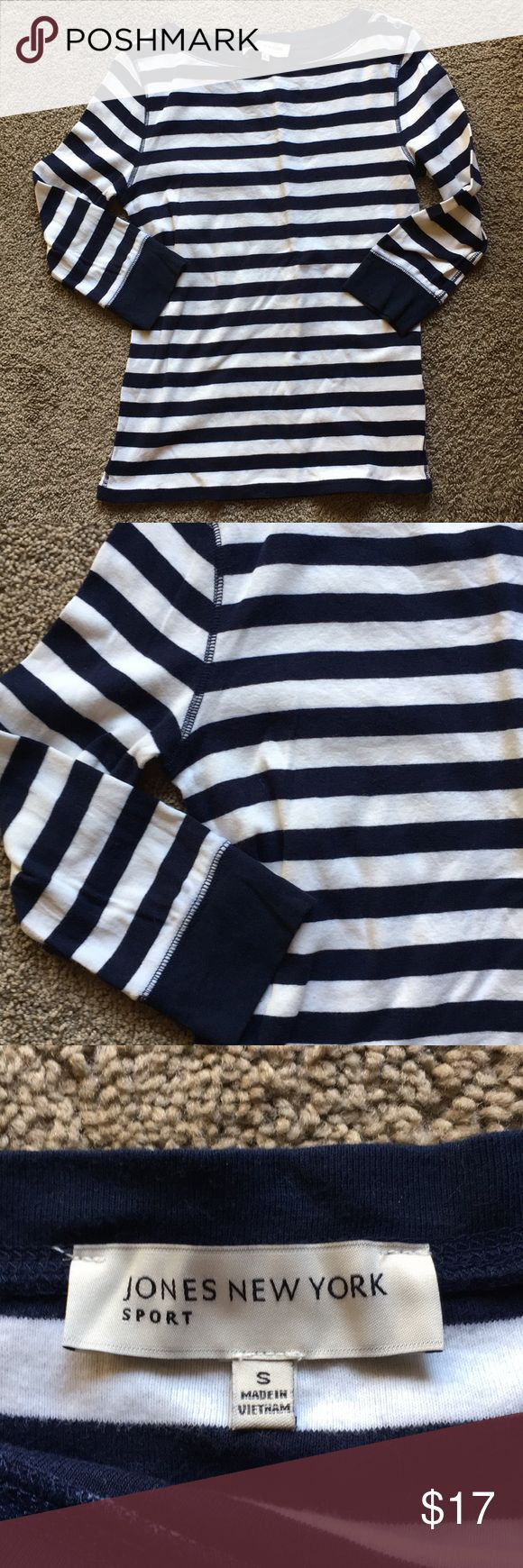 Jones New York sport striped long sleeve top Jones New York sports white and navy blue striped 3/4 sleeve top with cute button detail. Size S Jones New York Tops Tees - Long Sleeve