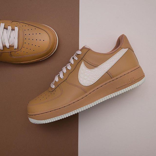 best website d0510 dbdda Nike Air Force 1 ´07 LV8 - 823511-703 • Sneakers airforce1,footish,lv8,Nike ,Sneakers,sneakers,www.footish.se