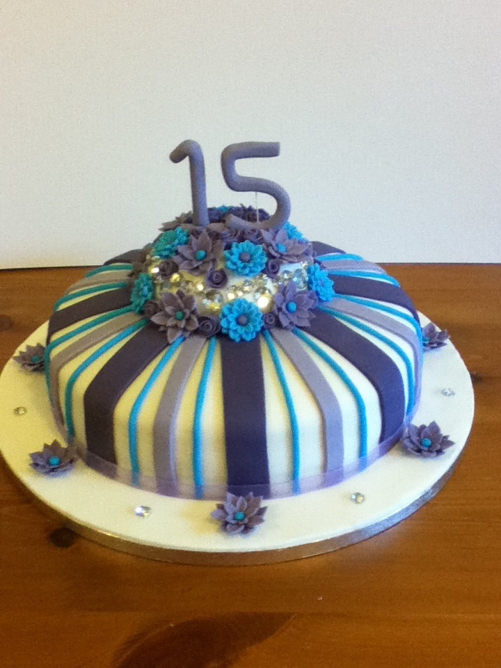 Best Th Birthday Images On Pinterest Th Birthday Parties - 15 year birthday cake