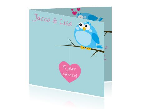 Een kaart voor 5 jaar getrouwd, een mooie hippe kaart voor uw jubileum met vogeltjes en hartjes. Jubileumkaarten maken.