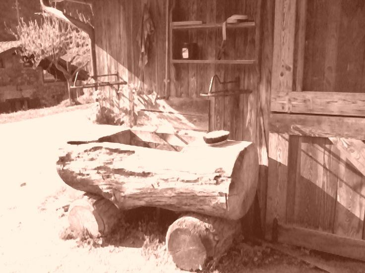 Val Brembana - Wooden Fountain -- Val Brembana - Fontana di legno