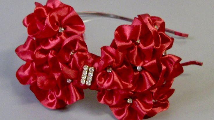 Laço com flores de fitas  - Ribbon tie DIY,TUTORIAL
