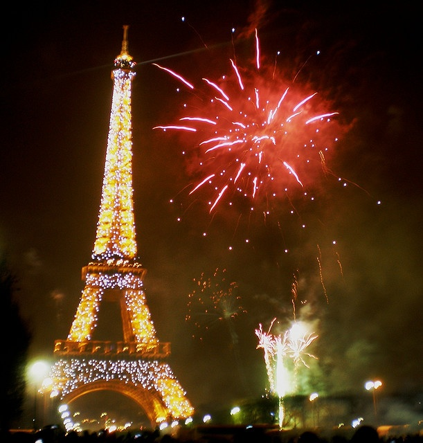 New Years Eve in Paris: In Paris, Eve Fireworks, Eiffel Towers, Fireworks Cake, Paris France, Newyear, New Years Eve, Photo, Parisians Dreams