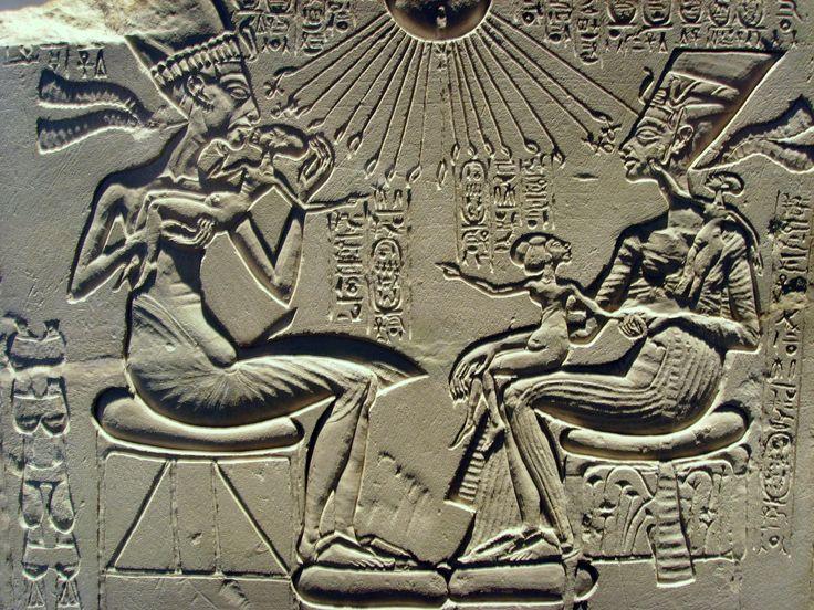 Akhenaten, Nefertiti and their childrenHistory, Royal Families, Nefertiti, Ancient Aliens, Ancient Egypt, Children, Akhenaten, Egyptian Art, Ancientegypt