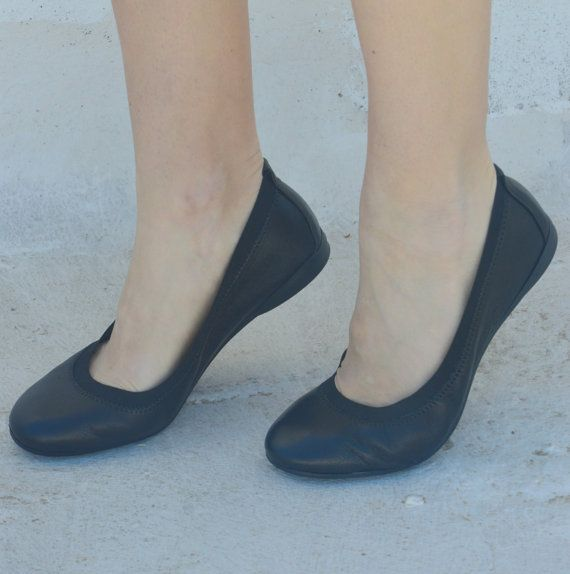 BALLET FLATS Comfortable leather ballet flatsvarious by EATHINI