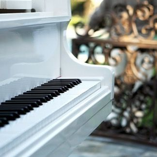 """''But it's sad and it's sweet and I knew it complete when I wore a younger man's clothes."""" Words from the classic and timeless ''Piano Man - Billy Joel. #wordsfromsongs"""