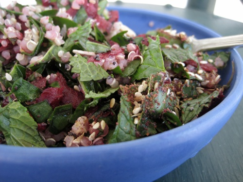 Spinach, beetroot & quinoa salad with mint & za'atar