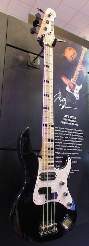 Billy Sheehan Signature Yamaha bass