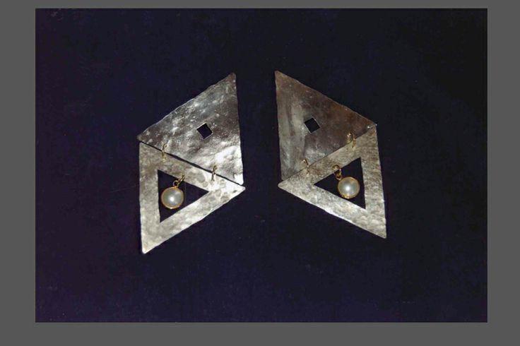 orecchini in base argento con oro e perle coltivate