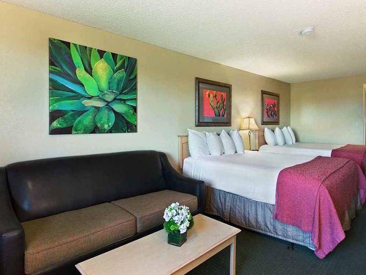 Oxford Suites Lancaster California Hotel
