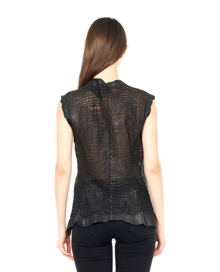 B-USED LEATHER SLEEVELESS JACKET S/S 2016 Black leather sleeveless jacket V-neck transparent look front zipper closure 100% Leather