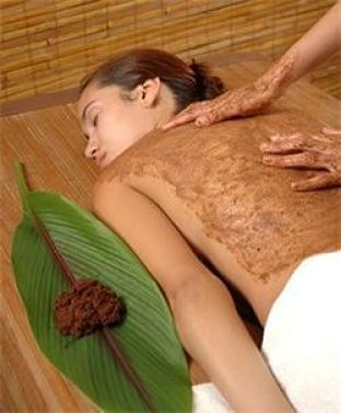 Udvartana is a treatment based on powders composed of minerals, herbs and medicinal species #ayurveda