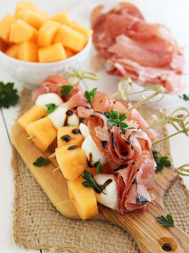 Try combining melon, proscuitto, and mozzarella on cocktail skewers to create a crowd-pleasing, easy-to-eat dish. Get the recipe at Comfort of Cooking.
