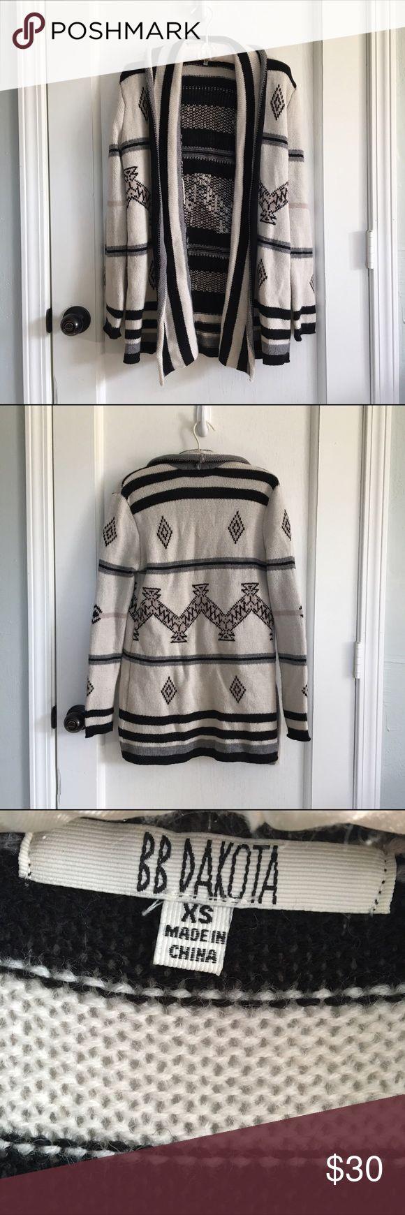 Cardigan in Aztec Print Cozy wrap cardigan in cream and white Aztec print. Oversized fit. BB Dakota Sweaters Cardigans