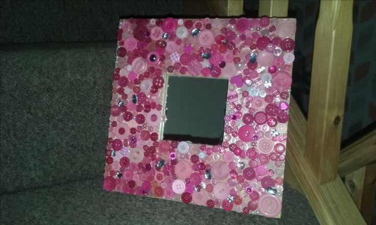 Button Art Mirror #buttons #mirror #homemade #gift