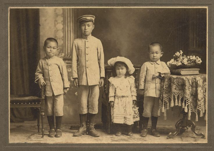 明治時代の子供達