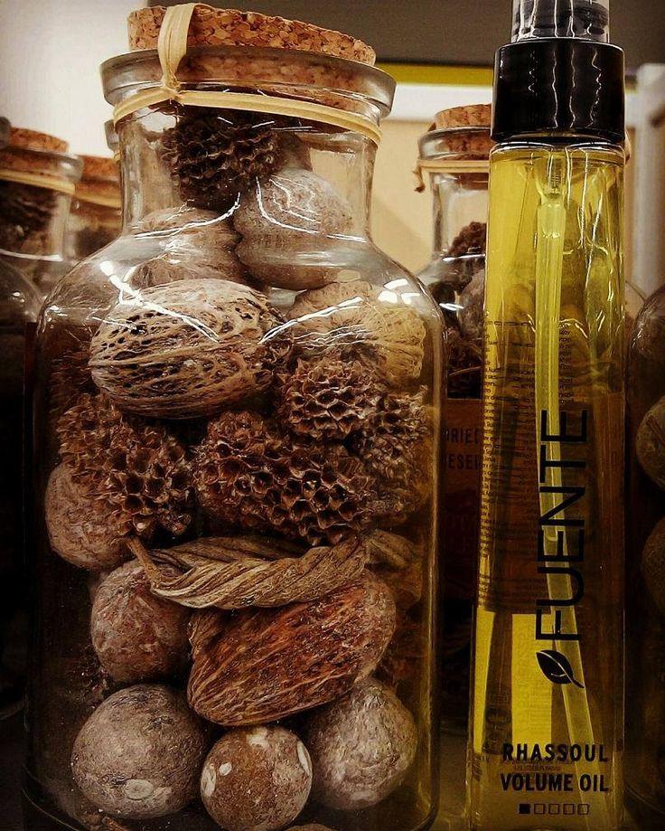 Ecco delle bacche di Argan. Eh sì, perchè dentro a Rhassoul Oil by Fuente c'è anche olio di Argan, per idratare i capelli senza mai appesantirli, volumizzarli , eliminare il crespo e chiudere le doppie punte!