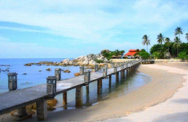 Pantai Parai Tenggiri: Destinasi tour Bangka andalan, objek unik wisata Bangka