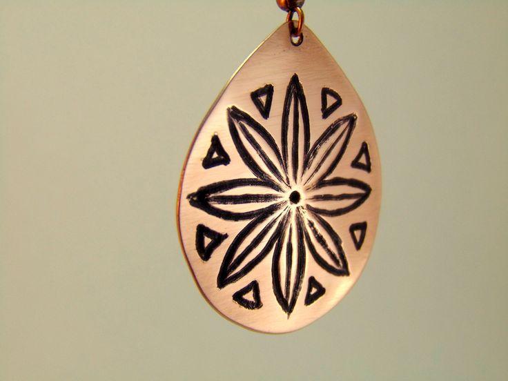 Cercei gravati cu Floarea Vietii si simboluri sacre - HadarugartArta inseamna viata