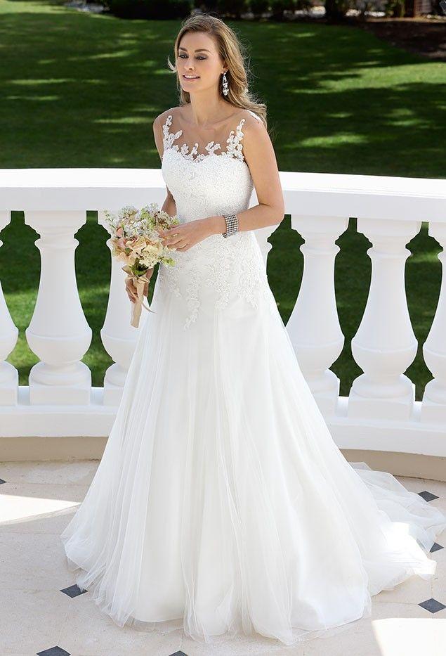 Trouwjurken | Trouwjurk van het merk Ladybird model 417003 - Weddings Bruidsmode