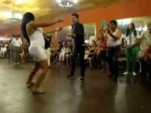 Vídeo: gitana bailando bulerias