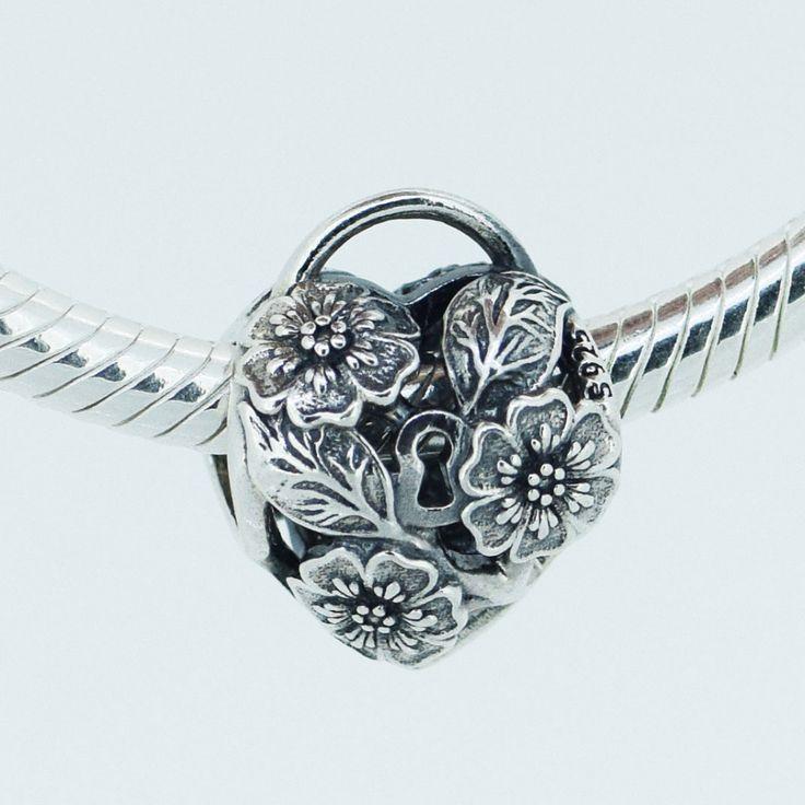 Совместимость с пандора ювелирные изделия браслет 100% стерлингового серебра 925 бусины ажурные цветочные в форме сердца замок очарование DIY делает