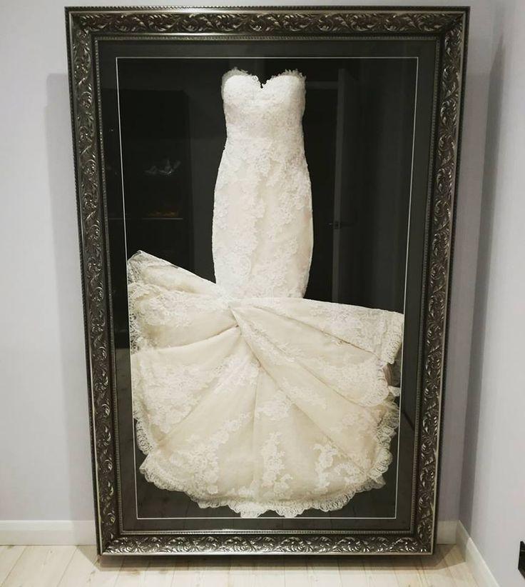 30 best Framed Wedding Dress images on Pinterest | Bouquet, Bouquets ...