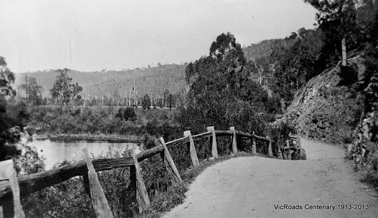 1913 Licola Road between Glenmaggie and Glenfalloch along Macalister River. VicRoads Centenary 1913-2013