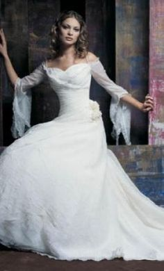 Used demetrios wedding dress
