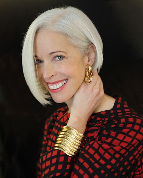 12 Short Haircuts For Women Over 50 With Gray Hair