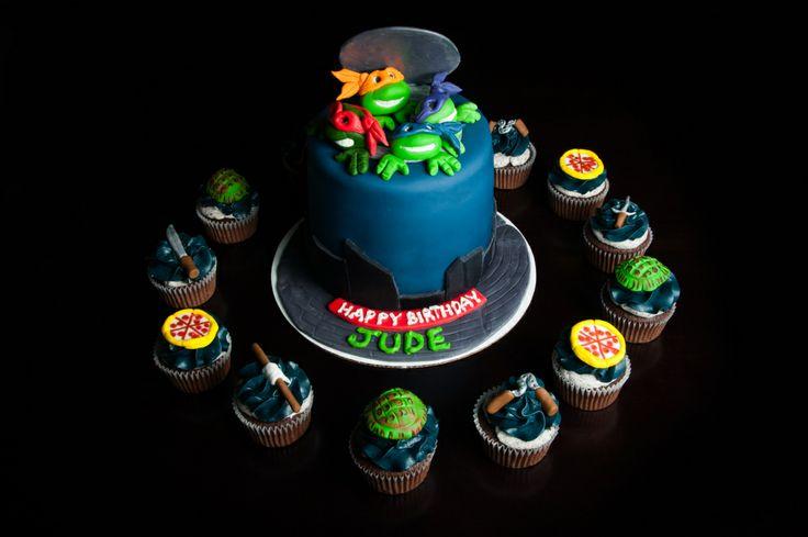 Ninja Turtles Cake and Cupcakes - Ninja Turtles Cake - Ninja Turtles Cupcakes - TMNT Cake and Cupcakes - TMNT Cake - TMNT Cupcakes - Ninja Turtles themed cake - TMNT themed cake - Ninja Turtles themed cupcakes - TMNT themed cupakes - Ninja Turtles decorated cake and cupcakes - TMNT decorated cake and cupcakes