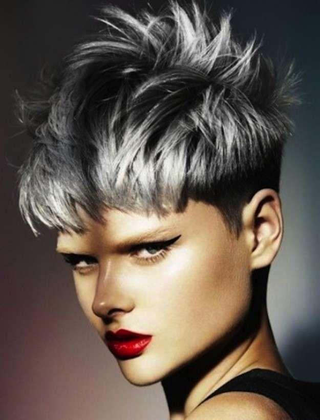 tendencia pelo gris fotos de los looks pelo gris corto desfilado