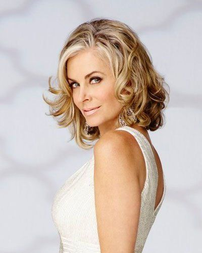 """Last week Bravo finally confirmed that """"Days of our Lives"""" and """"The Young and the Restless"""" actress Eileen Davidson had officially joined the cast of the network's """"The Real Housewives of Beverly Hills."""" As viewers get ready to watch all the drama unfold between Davidson and her co-stars, which includes former soap star Lisa Rinna (""""DAYS,"""" """"Melrose Place""""), TV Guide Magazine has an exclusive look at Davidson's home."""