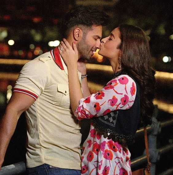 This new still of Alia Bhatt and Varun Dhawan from Badrinath Ki Dulhania sets is another name of cuteness!